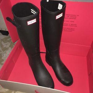 """HUNTER """"Refined"""" Black Rain Boots 10"""